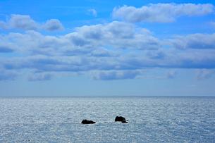 輝く海と雲の写真素材 [FYI03364149]