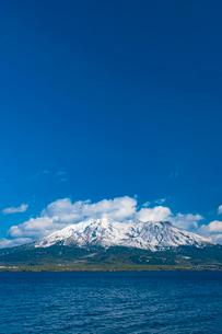 桜島の冠雪の写真素材 [FYI03364599]