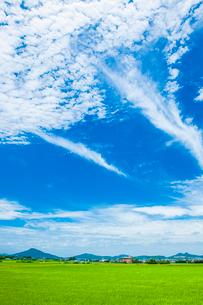 青空と糸島富士の写真素材 [FYI03364610]