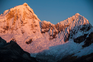 ワスカラン国立公園のワンドイ峰の写真素材 [FYI03365075]