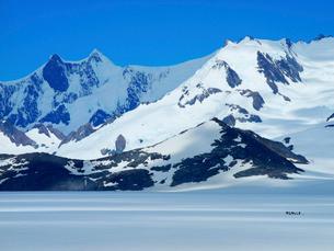 パタゴニア南部氷原を歩くの写真素材 [FYI03365141]