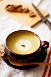 じゃがいものスープの写真素材 [FYI03369269]
