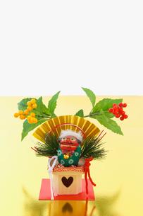 正月の獅子舞の写真素材 [FYI03370384]