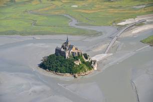 モンサンミシェル修道院の俯瞰の写真素材 [FYI03373058]