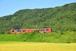 えちごときメキ鉄道特別列車 雪月花の写真素材 [FYI03373164]