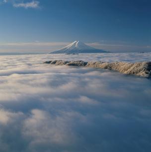 白谷丸から望む雲海と富士山の写真素材 [FYI03374434]