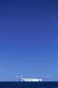 氷山の写真素材 [FYI03374962]