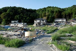 震災から約半年後の大浜の写真素材 [FYI03375093]