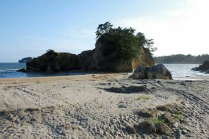震災から約半年後の大浜の写真素材 [FYI03375106]