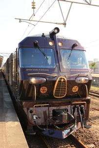 ななつ星のディーゼル機関車の写真素材 [FYI03376219]