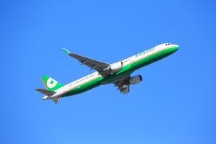 ジェット旅客機 EVA-AIR航空の写真素材 [FYI03376361]