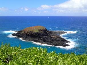 カウアイ島のモクアエアエ島の写真素材 [FYI03376508]