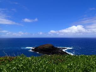 カウアイ島のモクアエアエ島の写真素材 [FYI03376509]