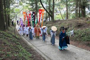 熊野本宮大社例大祭の渡御の写真素材 [FYI03376782]