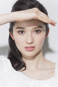日本人女性のビューティーイメージの写真素材 [FYI03376815]