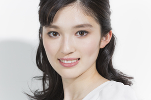 日本人女性のビューティーイメージの写真素材 [FYI03376891]