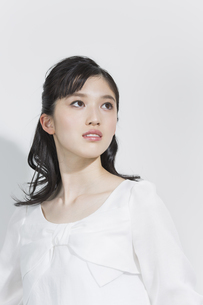 日本人女性のビューティーイメージの写真素材 [FYI03376894]