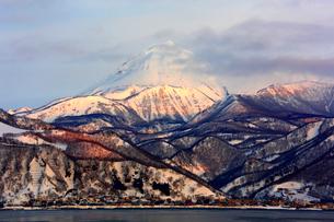 冬の羅臼岳の写真素材 [FYI03377310]