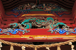 高尾山薬王院の飯縄権現堂の彫刻の写真素材 [FYI03377431]