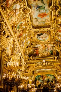 オペラ・ガルニエ内の大広間の写真素材 [FYI03377565]