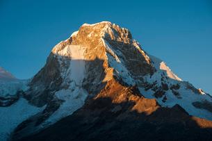 ペルー最高峰ワスカラン北峰の写真素材 [FYI03377766]