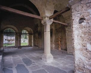ソポチャニ修道院 三位一体教会の写真素材 [FYI03381708]