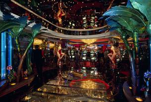 エクスプローラー・オブ・ザ・シー船内のカジノの写真素材 [FYI03381721]