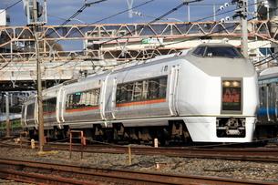 JR東北線 東十条付近 E651系あかぎ号の写真素材 [FYI03382618]