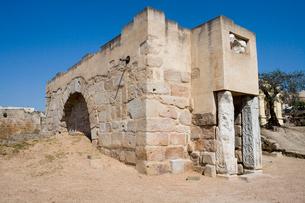 アルカサバ貯水池の入り口の建物の写真素材 [FYI03383071]