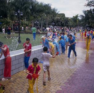 西双版納 水かけ祭の写真素材 [FYI03383160]