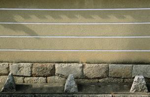 新撰組壬生屯所跡の土塀 壬生寺の写真素材 [FYI03383175]