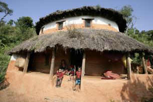 グルン族の家の写真素材 [FYI03383445]