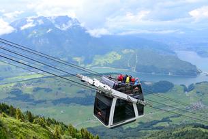ピラトス山とカブリオの写真素材 [FYI03383723]