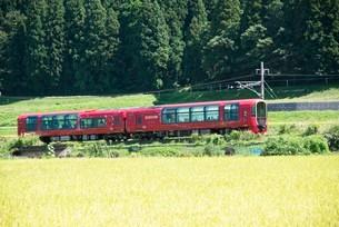 えちごときメキ鉄道特別列車 雪月花の写真素材 [FYI03383844]