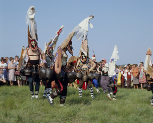 バラまつり クッケーリの踊りの写真素材 [FYI03384326]