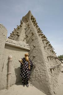 サンコーレモスクとトゥアレグ族の写真素材 [FYI03385376]