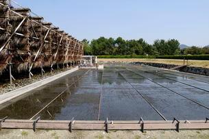 赤穂・塩の国日本の流下式塩田の写真素材 [FYI03385396]