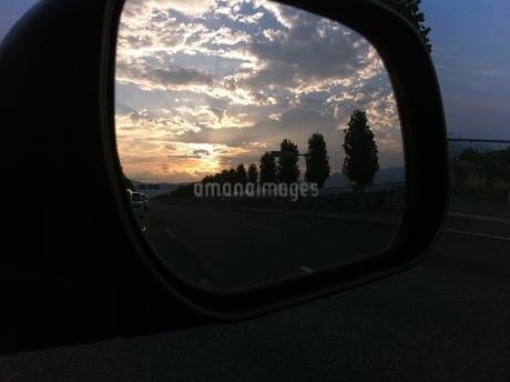 夕焼けの写真素材 [FYI03385629]