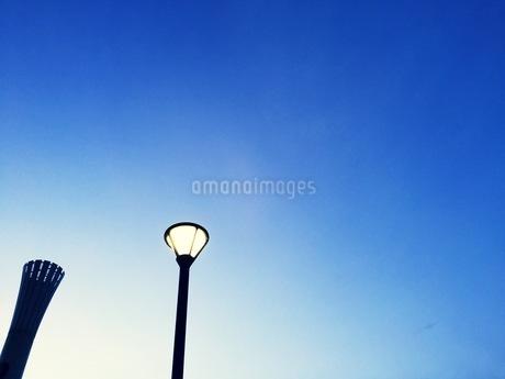 街灯の写真素材 [FYI03385674]
