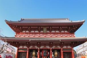 浅草寺宝蔵門の写真素材 [FYI03386792]