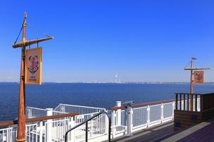 東京湾アクアライン 海ほたるの写真素材 [FYI03386797]