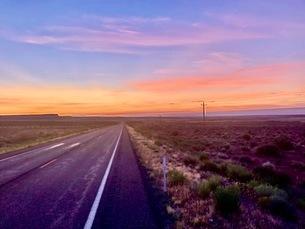 Road trip中カリフォルニアの朝の写真素材 [FYI03387009]