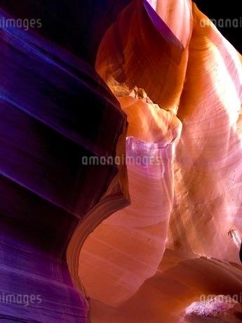 色鮮やかなアンテロープ渓谷の写真素材 [FYI03388128]
