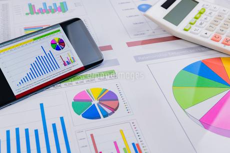 ビジネスイメージ グラフの写真素材 [FYI03388131]