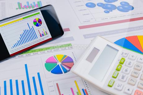 ビジネスイメージ グラフの写真素材 [FYI03388134]