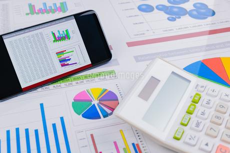 ビジネスイメージ グラフの写真素材 [FYI03388135]