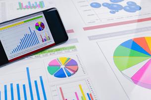ビジネスイメージ グラフの写真素材 [FYI03388163]