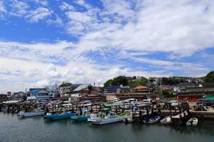 釣り船の港の写真素材 [FYI03389241]