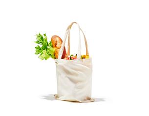 食品が入ったエコバッグの写真素材 [FYI03389586]