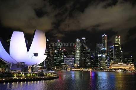 アートサイエンス・ミュージアム シンガポールの写真素材 [FYI03389881]